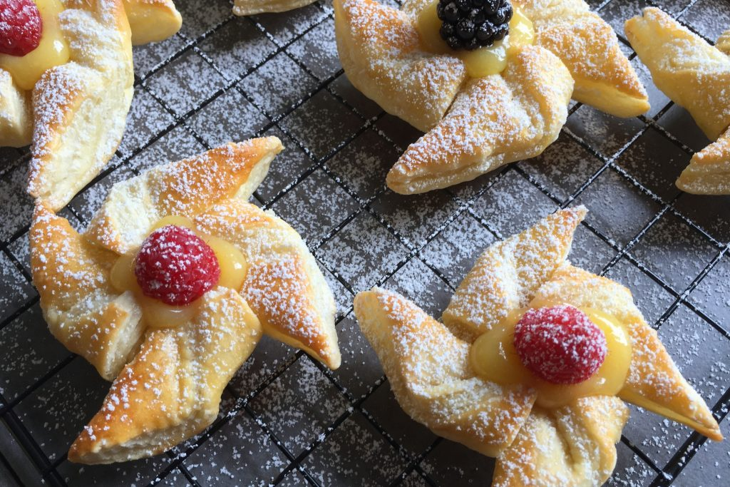 Danish Pastry with Lemon Curd